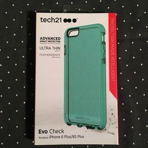 iPhone 6/6s Plus Tech21 Case